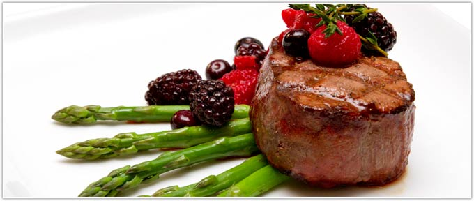 Filet With Fresh Berry Sauce