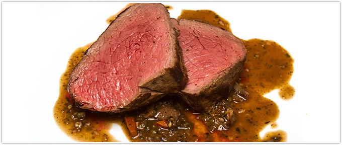 Oven-Roasted Chateaubriand With Green Peppercorn-Mushroom Ragù
